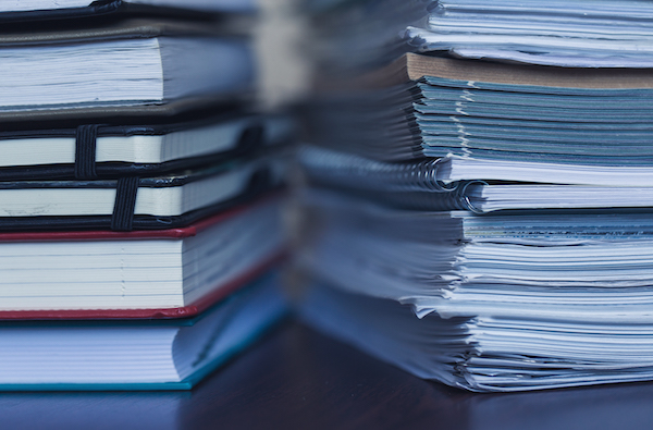 accounting-and-taxes-large-pile-of-magazine-and-P2VZXYR