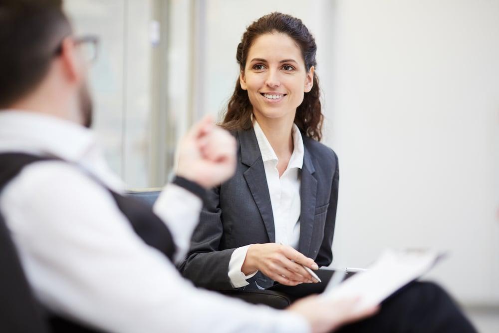 discussing-financial-questions-C8L57KA