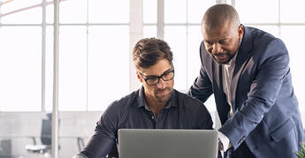 leadership-working-with-his-employee-VCGNBG2