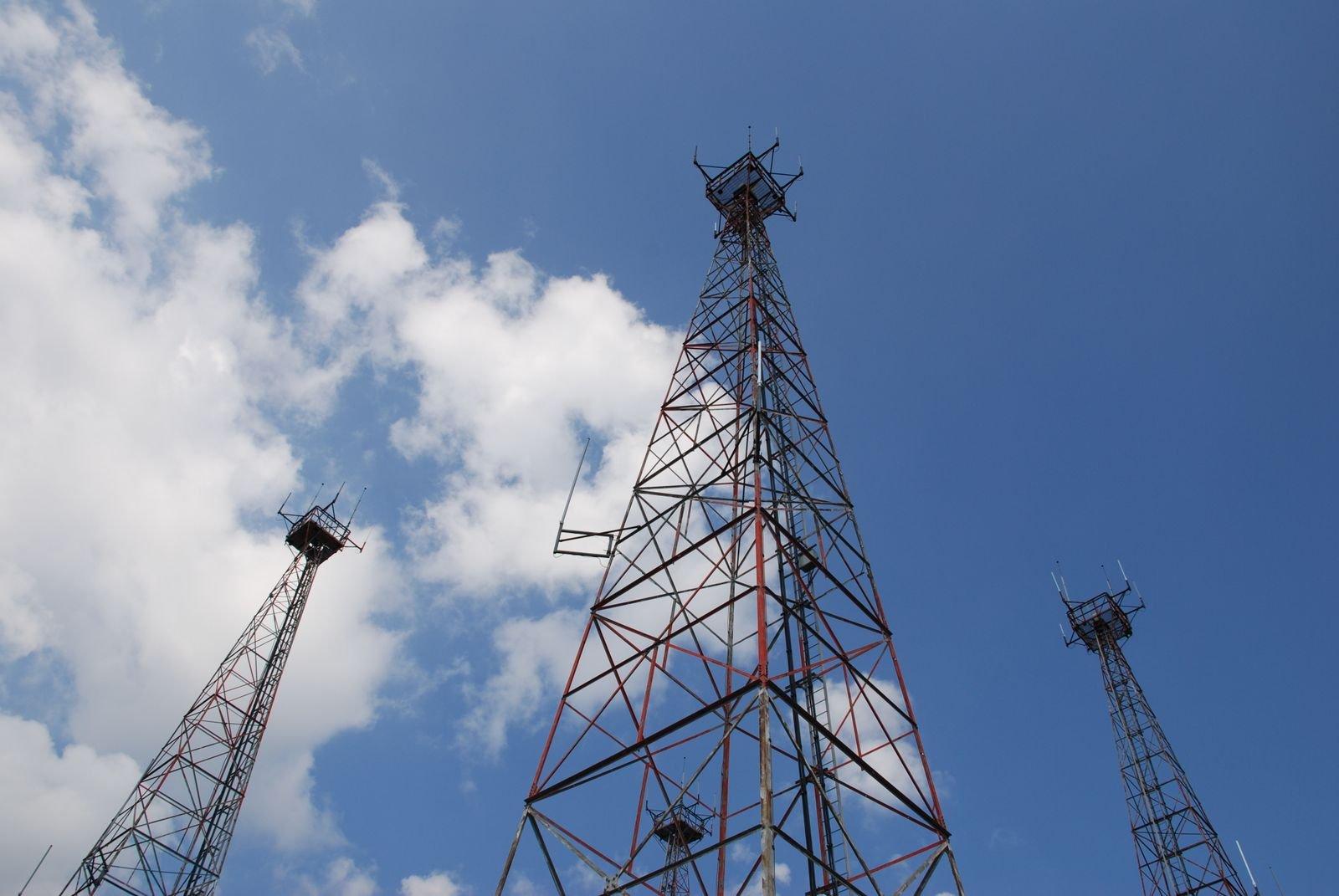 telecom_towers-1