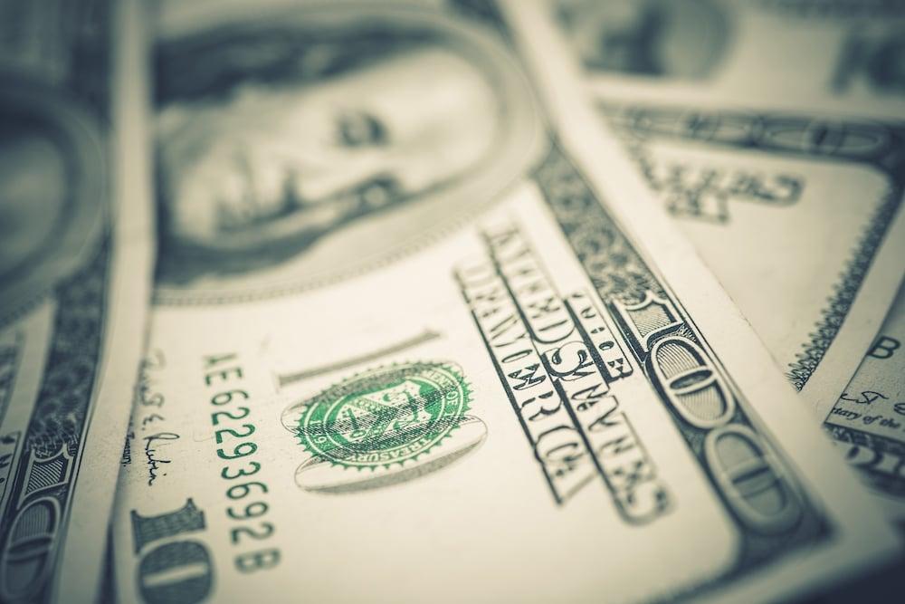 us-dollars-banknotes-closeup-P9VNACH